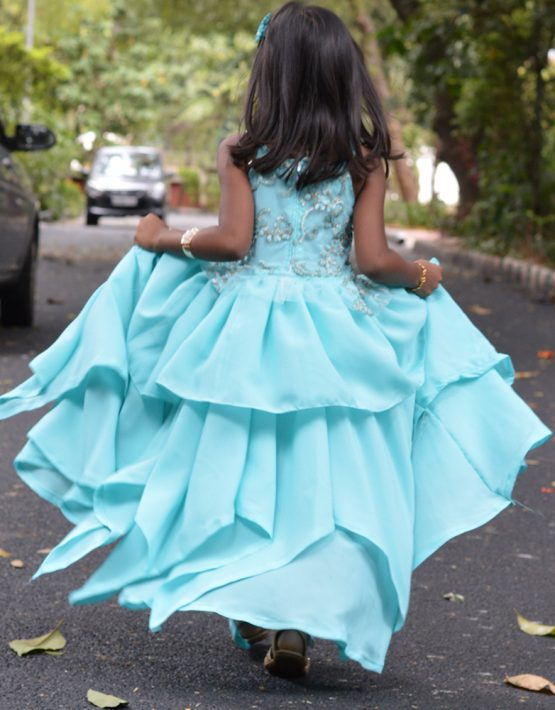 /assets/images/Asymetric-Gown-back-1-555x710.jpg