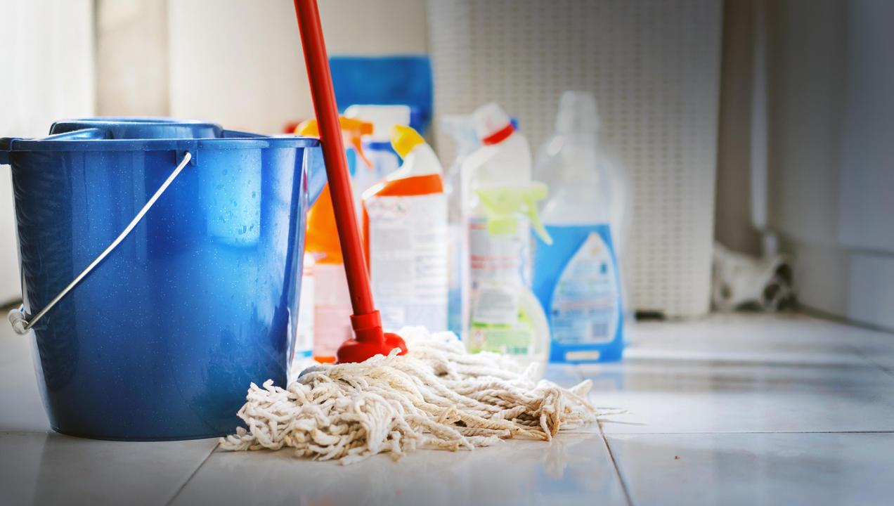 Floor Cleaning Tips & Tricks