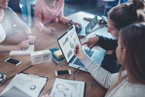 4 razões para sua empresa investir em um gerenciador financeiro