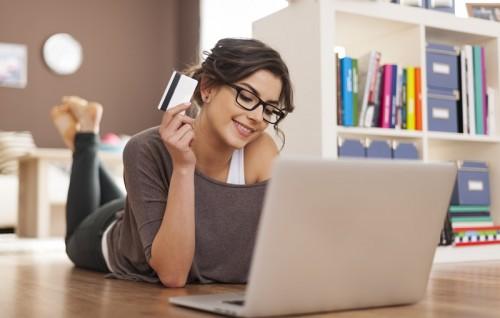 Saiba como economizar na hora de fazer compras pela internet