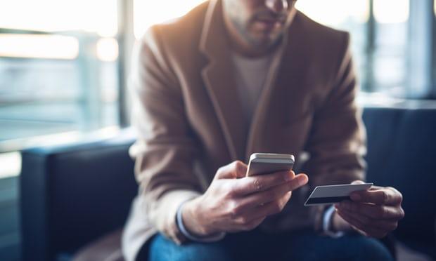 Por que começar agora a controlar seus gastos no cartão de crédito?