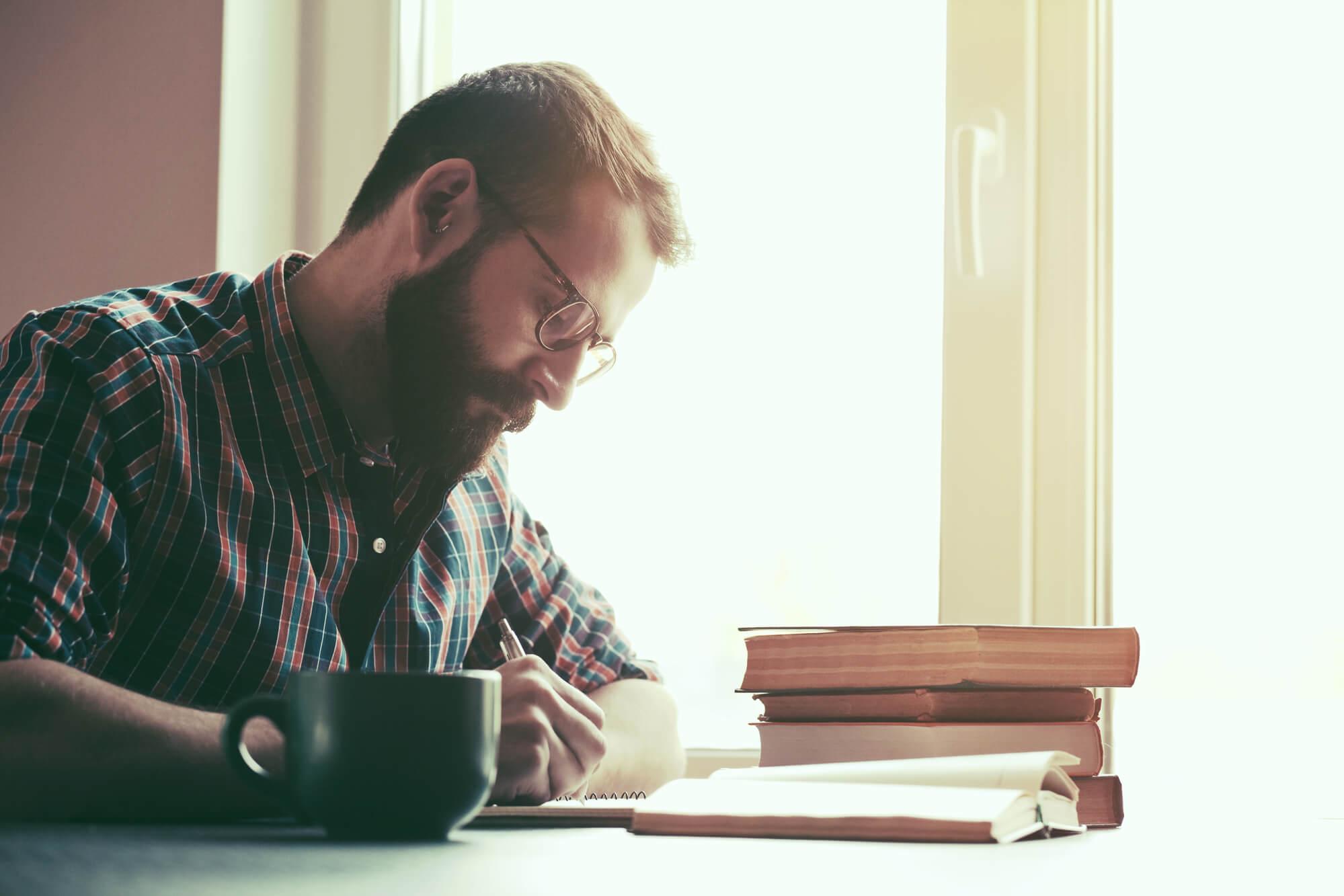Conheça 7 livros sobre finanças que você precisa ler!