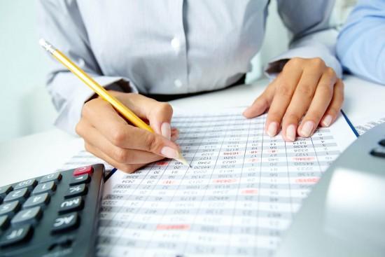 A educação financeira e a sua influência na tomada de decisões