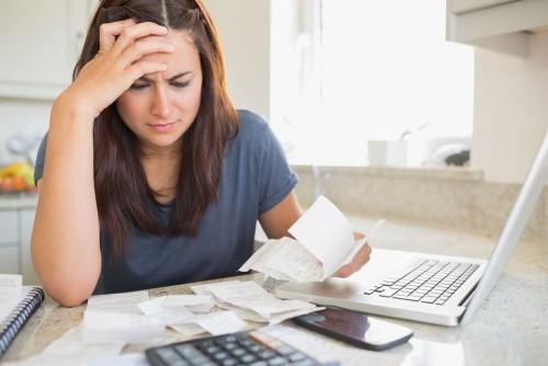 5 hábitos que levam ao endividamento constante!