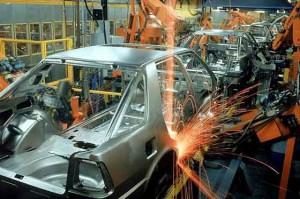 Como a redução do juro prejudica a indústria