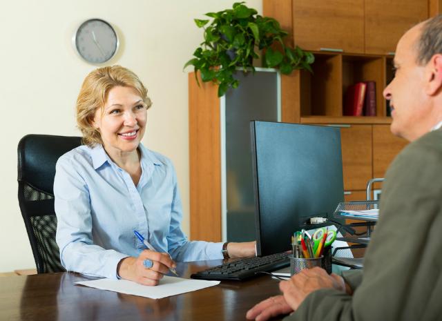 Até que ponto devo confiar no gerente do meu banco?