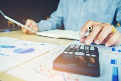 Afinal, qual a diferença entre educação financeira e finanças pessoais?