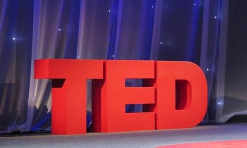Conheça os 4 TED Talks inspiradores sobre finanças pessoais