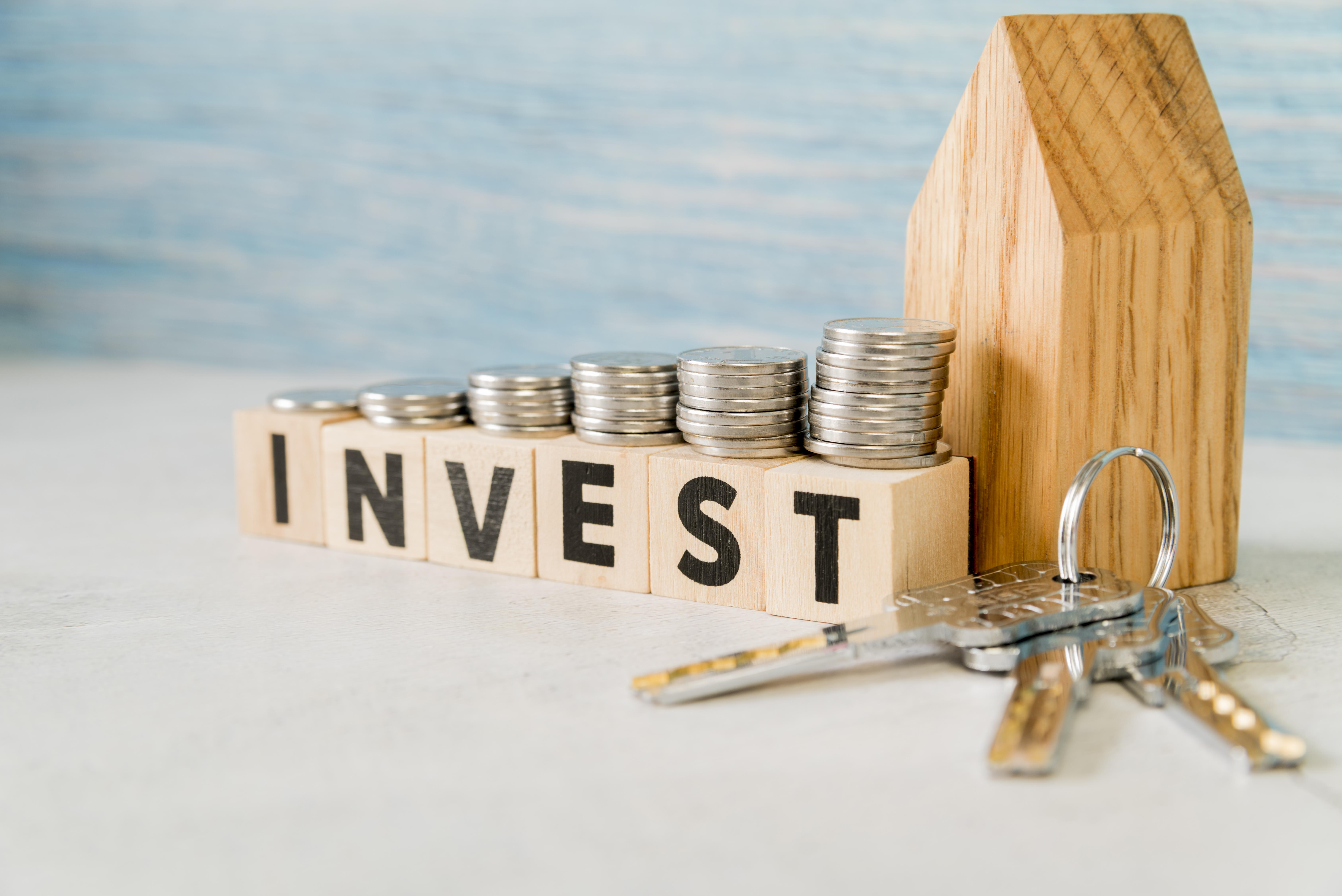 Como tomar decisões de investimento informadas no clima econômico atual