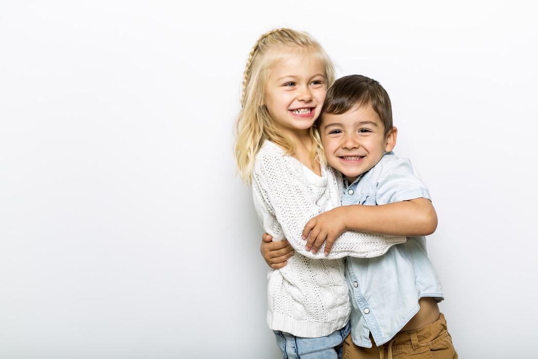 Banner Kindern Träume erfüllen mit Herzenswünsche e.V.
