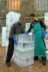 Carving Ice Columns
