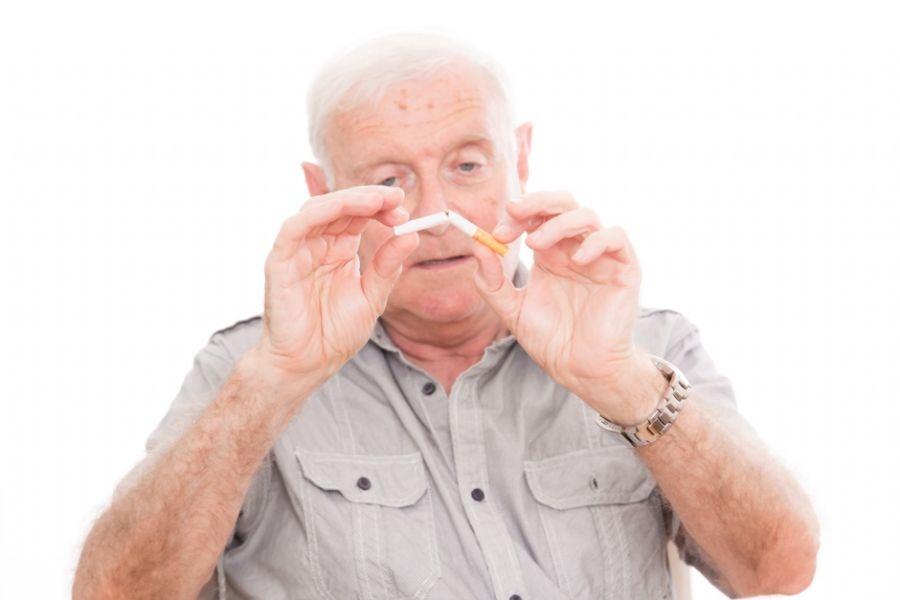 Peut-on arrêter de fumer après 60 ans ?