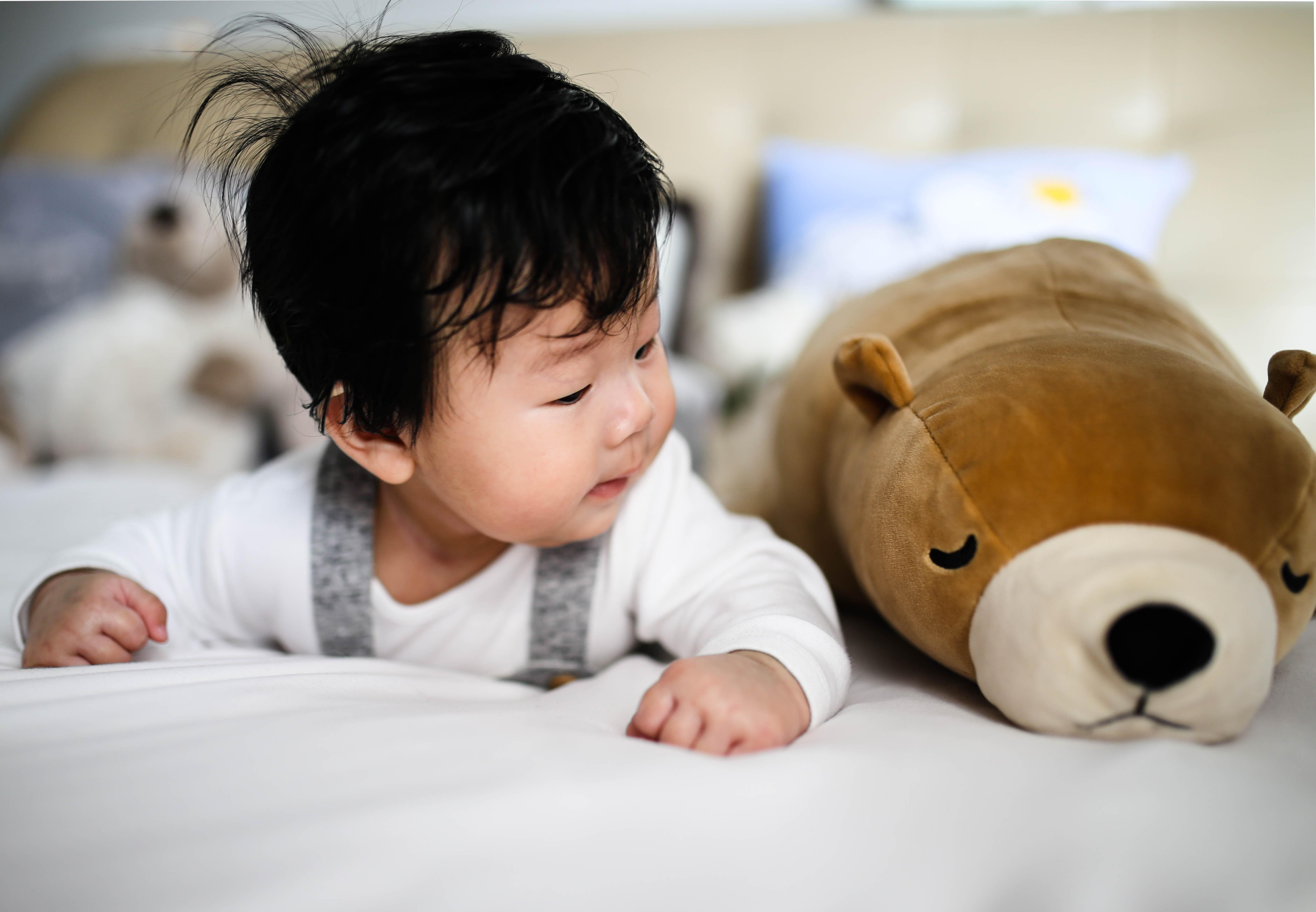 nz-ece-infant-on-rug