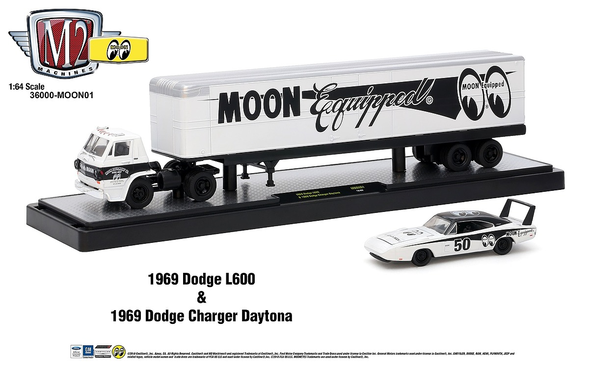 M2 Haulers 1:64 - 1969 Dodge L600 - Bright White with Black Stripe - includes 1969 Dodge Charger Daytona