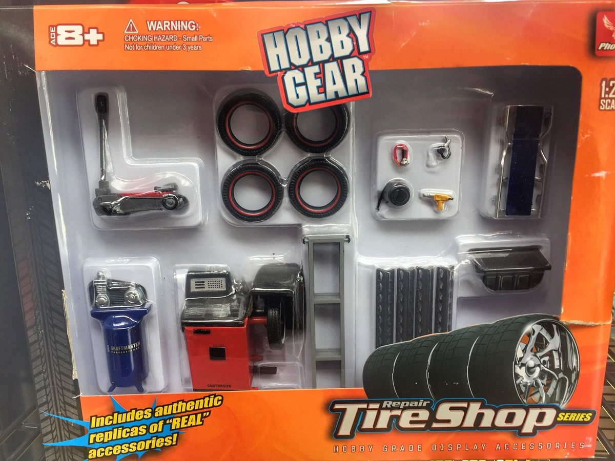 1:18 Scale Accessories - Hobby Gear Tyre Shop