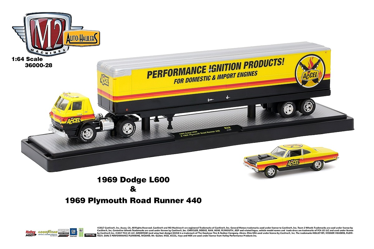 M2 Haulers 1:64 - 1969 Dodge L600 and 1969 Plymouth Road Runner 440