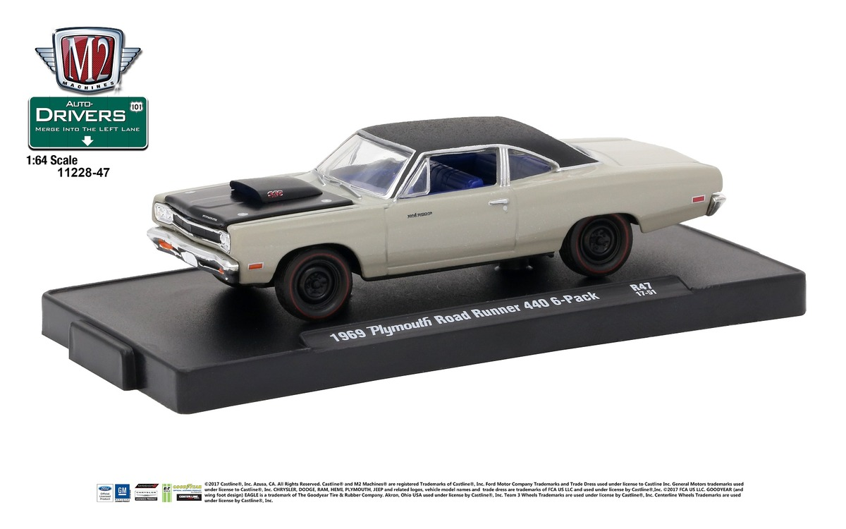 Carded M2 Machines - Drivers Release 47 - 1969 Plymouth Road Runner 440 6-Pack - Silver Metallic with Semi-Gloss Black Hood