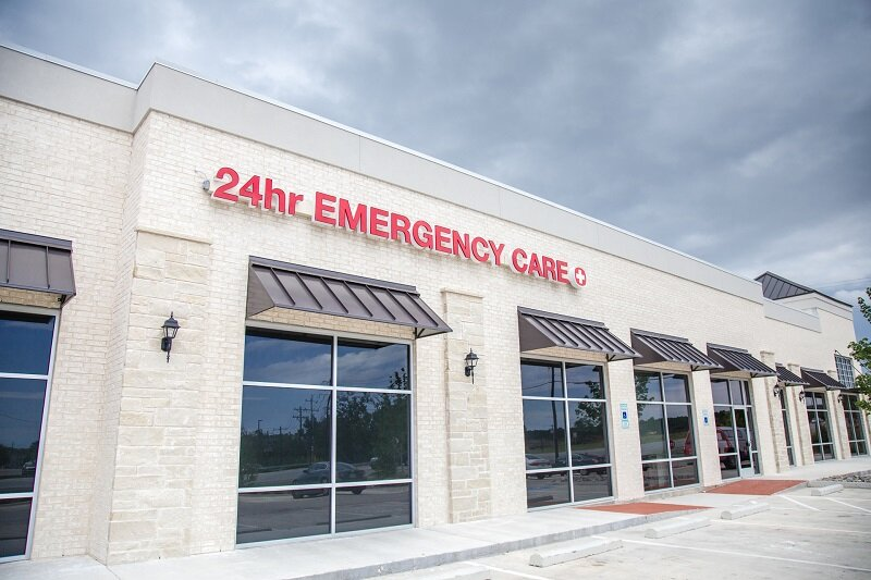 Custom Hospital Signs for Your Dallas Facility