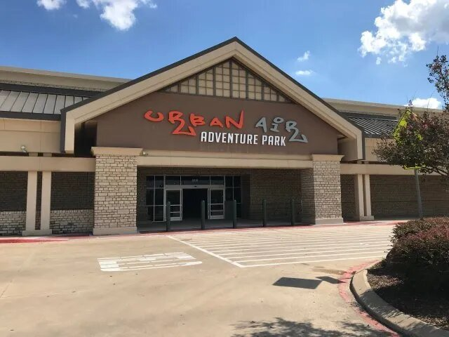 Grapevine Sign Fabrication, Installation, and Service