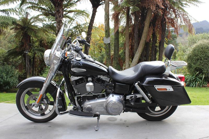 Harley Davidson Motorcycle Rental - Dyna Switchback