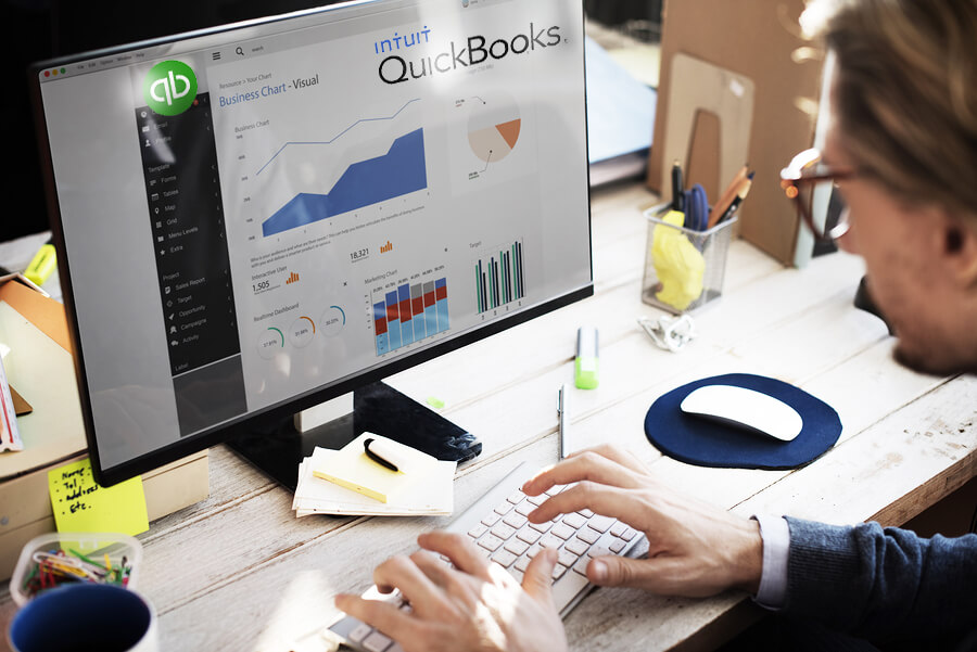 When does a startup need Departments in QBO