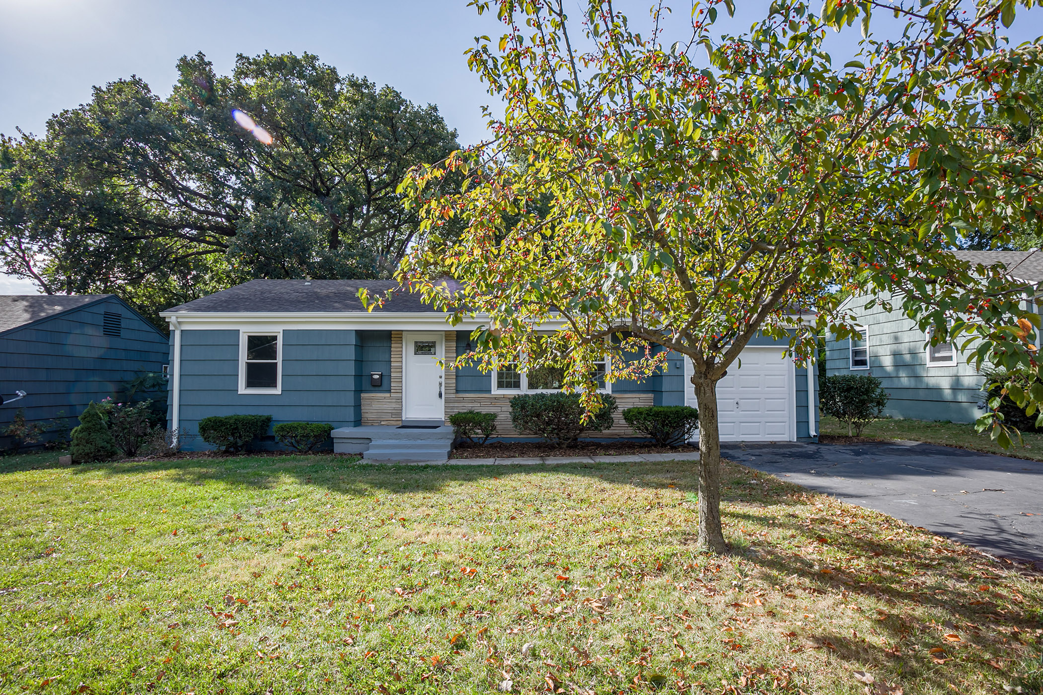 JUST LISTED! 2 OPEN  HOUSES! COMPLETELY RENOVATED TRUE RANCH! MOVE-IN READY!