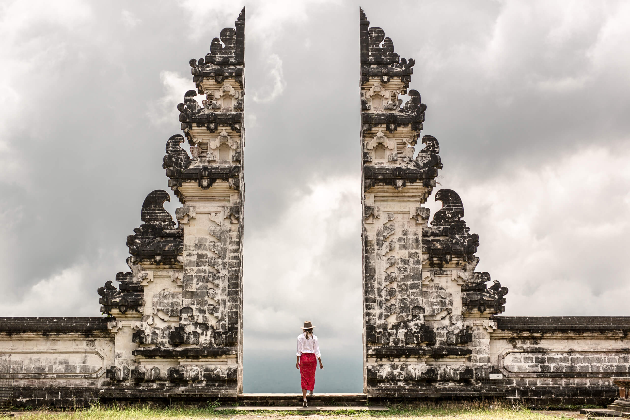 LEMPUYANG TEMPLE | Looking out onto the clouds through the outside Mandala Gate