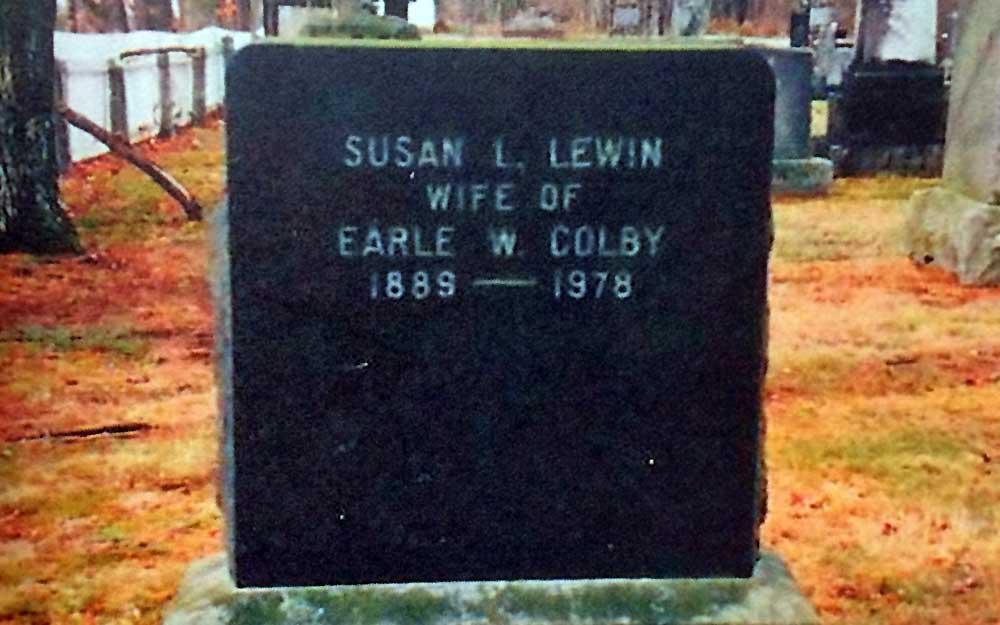 Susan Lewin's grave stone