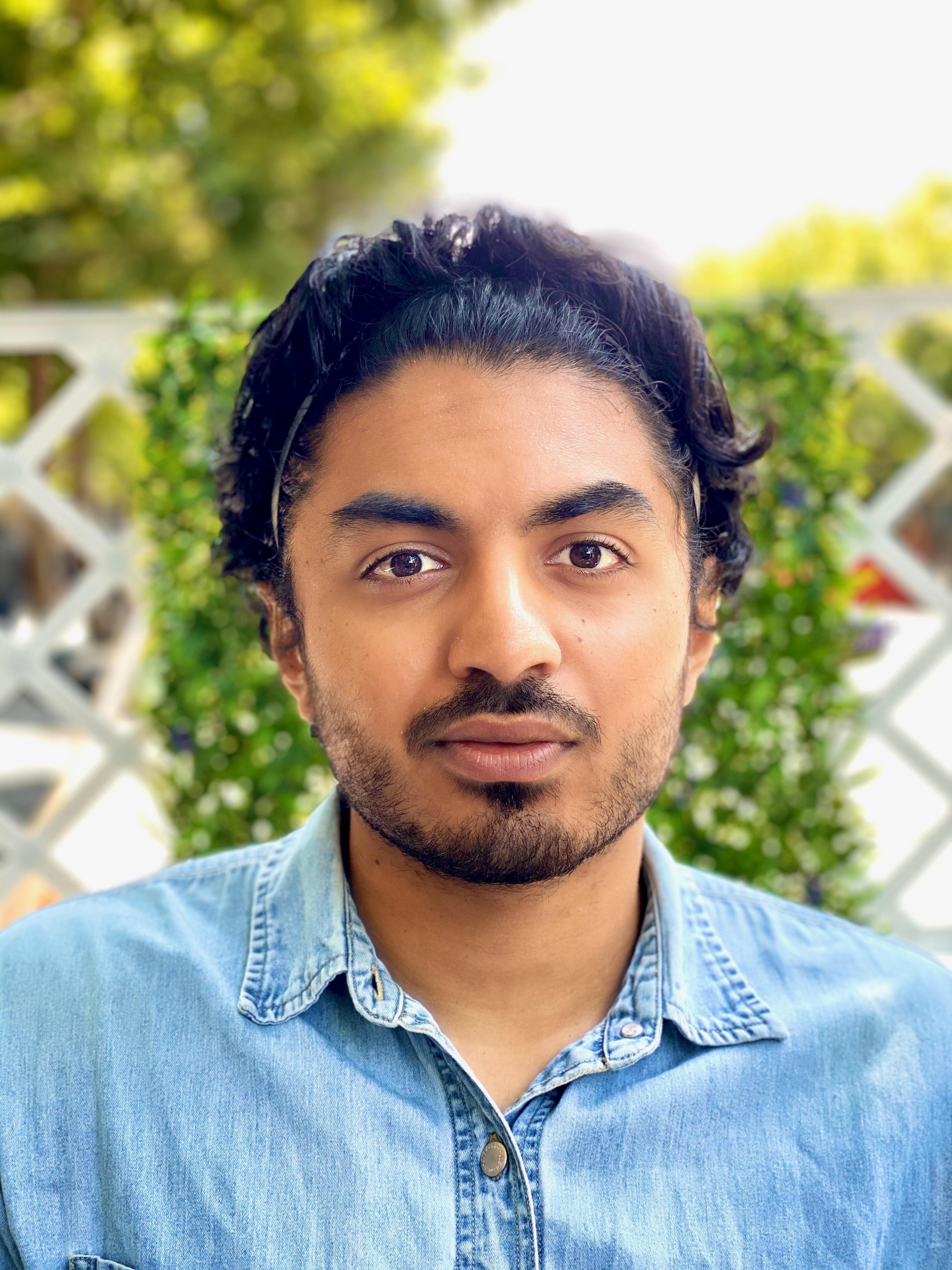 Santhosh Subramanian headshot