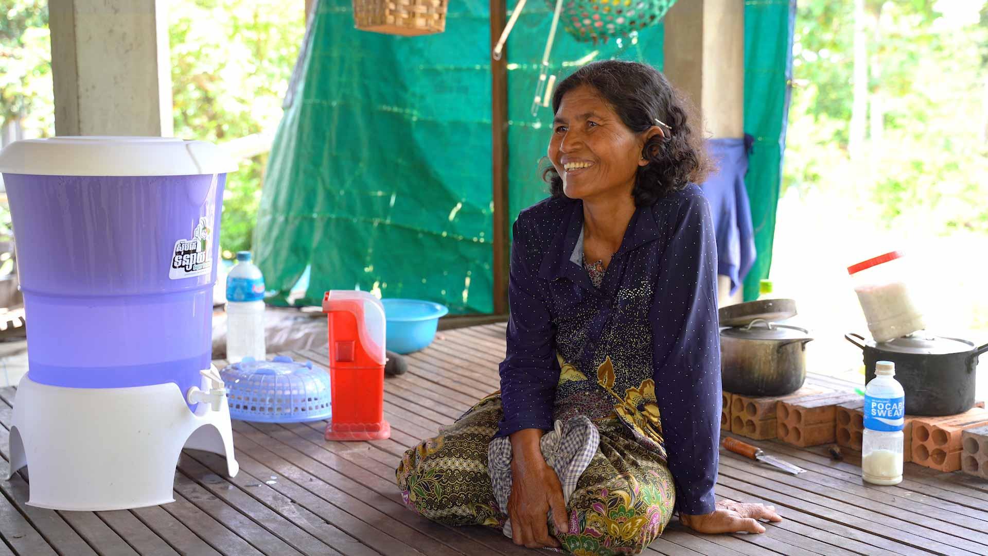 Titelbild Klimaschutzprojekt sauberes Trinkwasser in Kambodscha