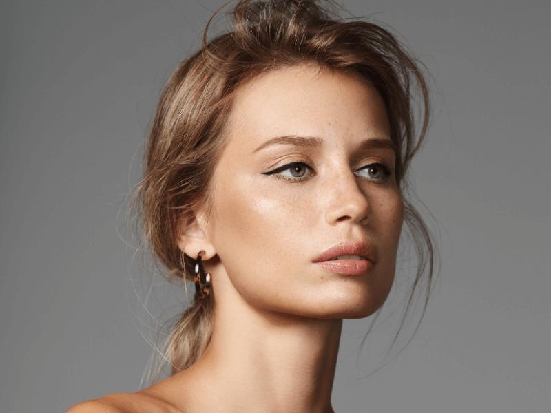 Women with tattoo eyeliner on eyelids