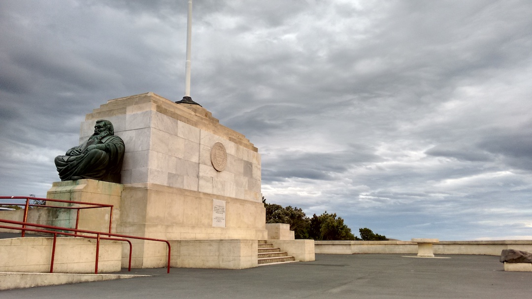 The New Zealand Centennial monument on Signal Hill