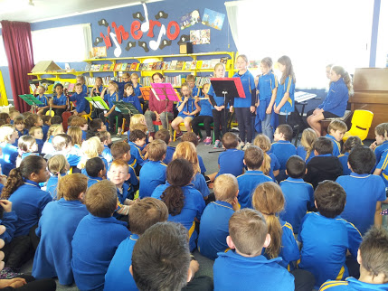 Wella's Music Group Performs