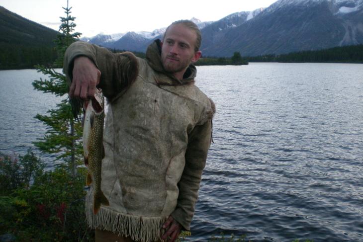 Kim Alaska Kanada Wildnis Forelle Fischen