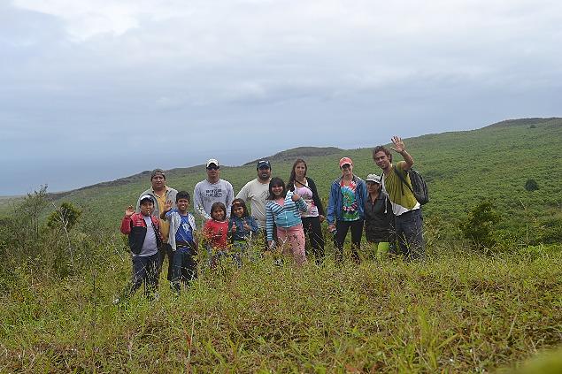 Maximilian Martin mit Freunden auf Galapagos.