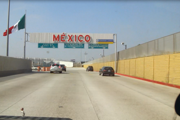 Grenzüberquerung von Kalifornien nach Tijuana, Mexiko