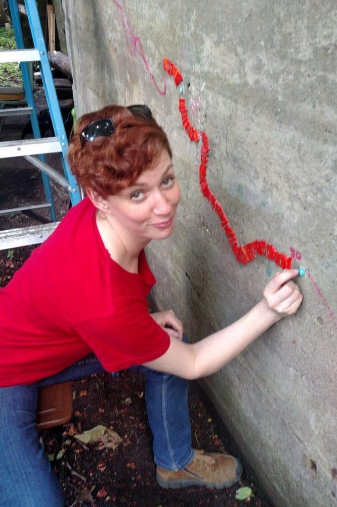 Erin Pankratz working the line