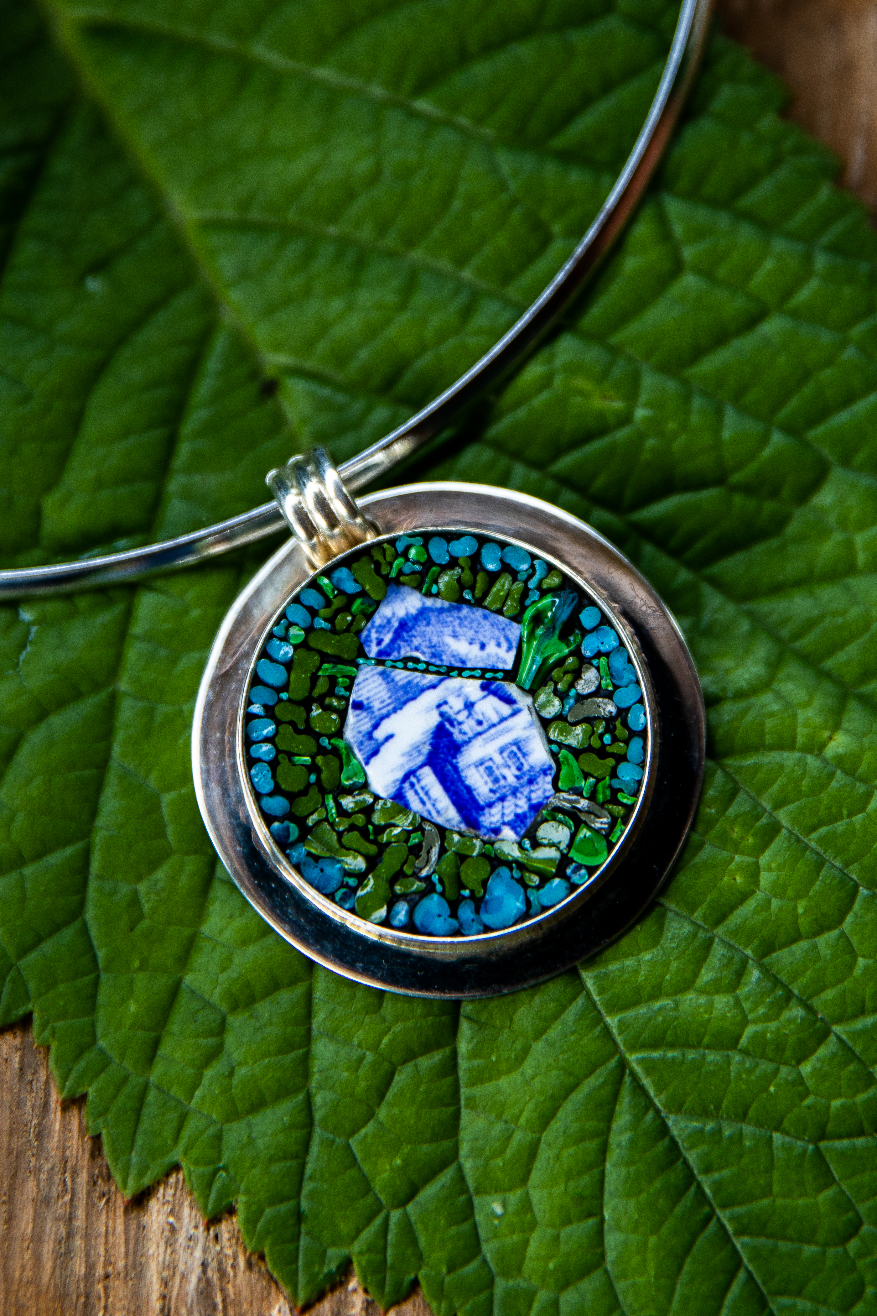 Photo of Blue and White Cottage pendant