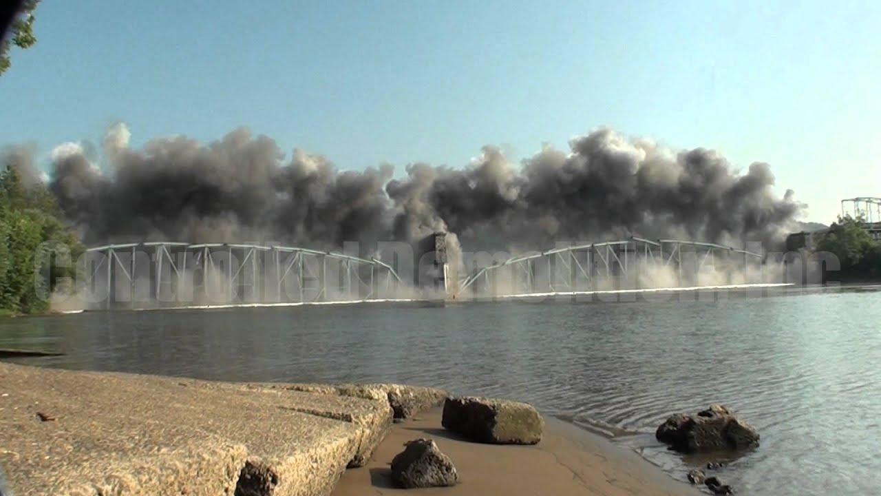 Charleroi-Monesson Bridge being demolished in 2011.