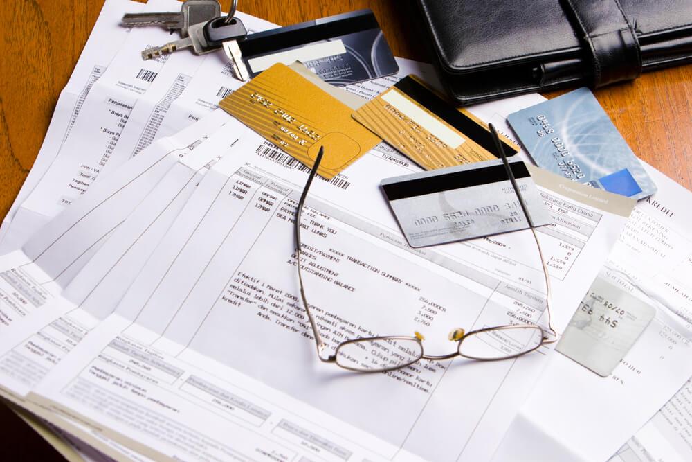 6 dicas para quitar as dívidas e sair do vermelho