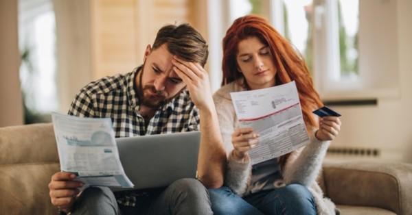 Como evitar compras a prazo pode te ajudar a sair do vermelho nas finanças?