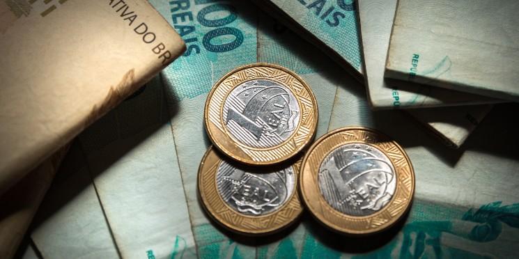 Pagamentos à vista: saiba como eles influenciam na sua economia
