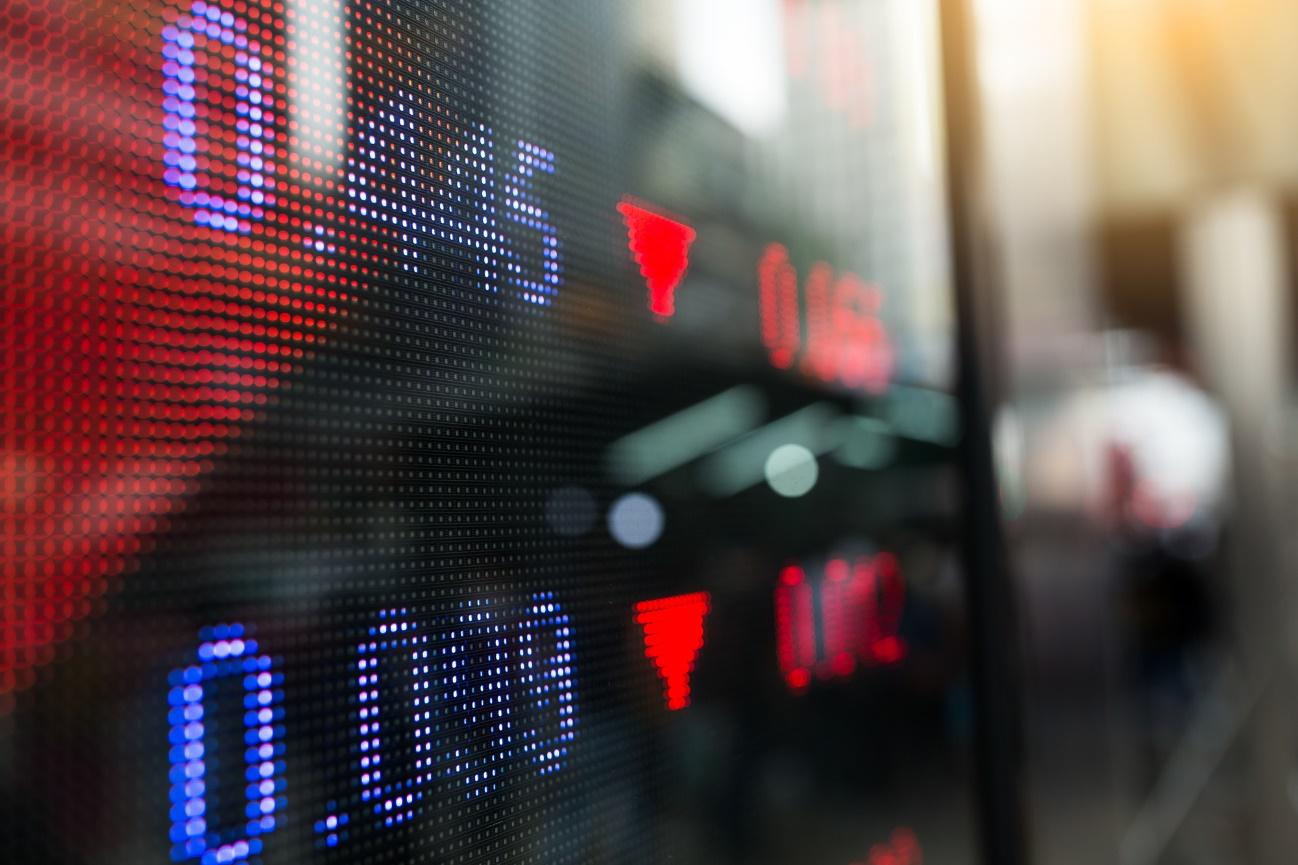 Como tirar proveito da queda dos mercados financeiros