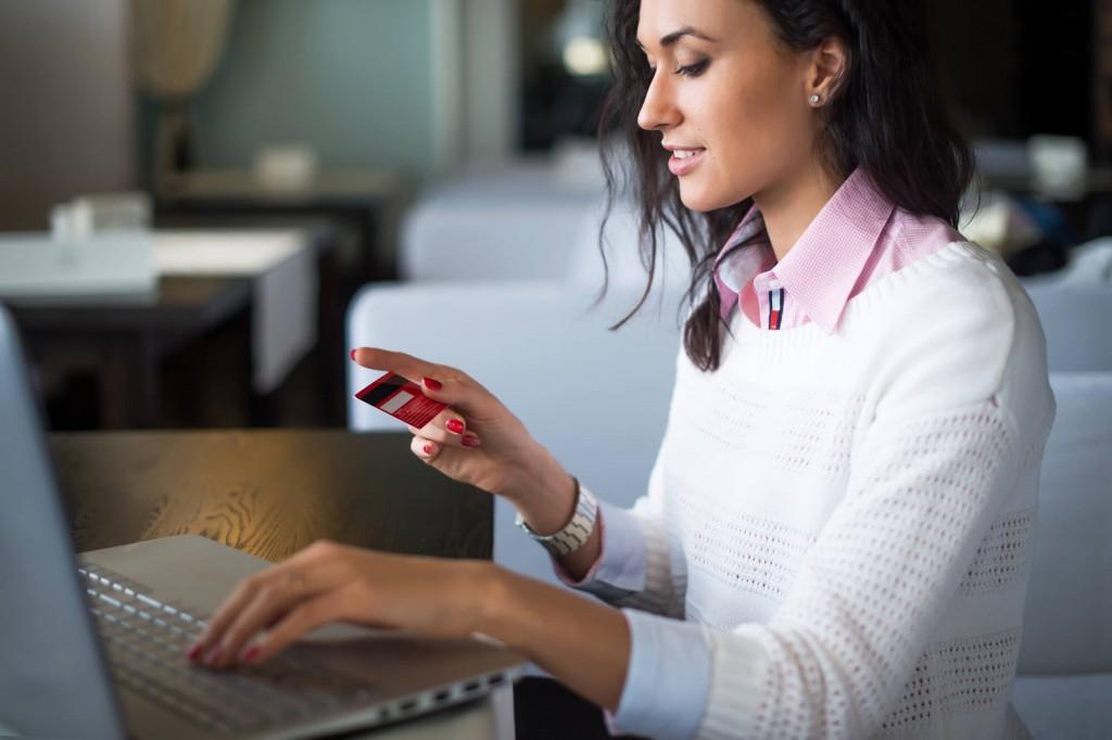 Aprenda como escolher o melhor cartão de crédito
