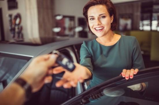 Carro novo X Seminovo: Qual traz menos impacto pro seu bolso?