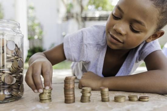 Mesada para os filhos: Como tornar ela educativa?