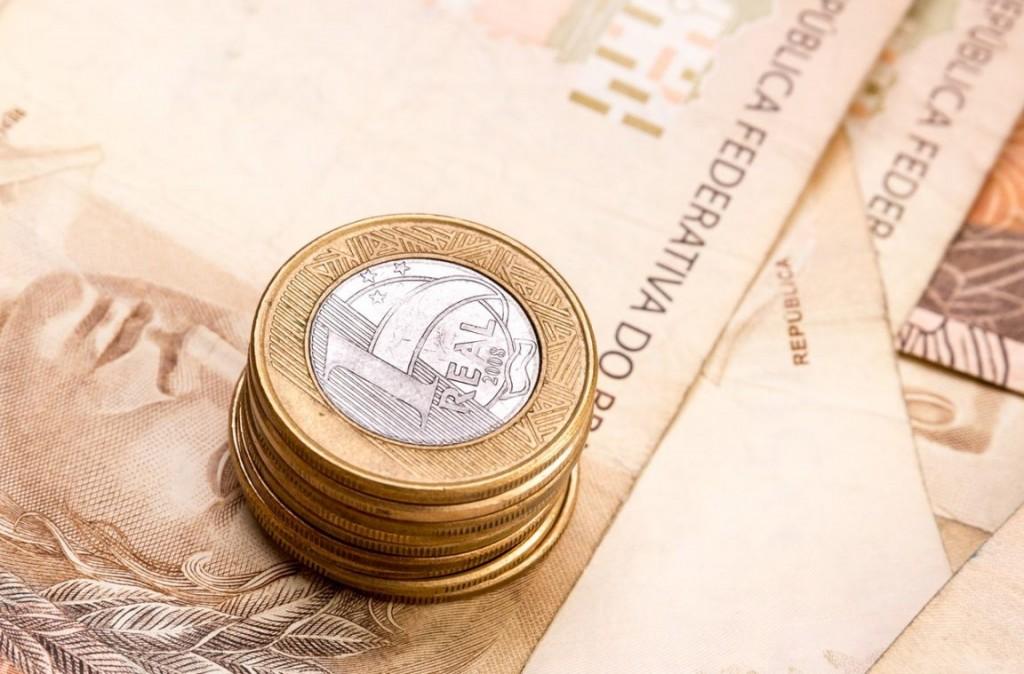 7 dicas simples para economizar no dia-a-dia