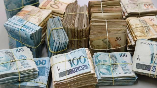 Somente o dinheiro não é capaz de resolver seus problemas financeiros