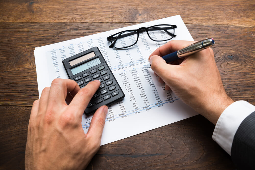 Organização financeira e fluxo de caixa: guia básico para negócios