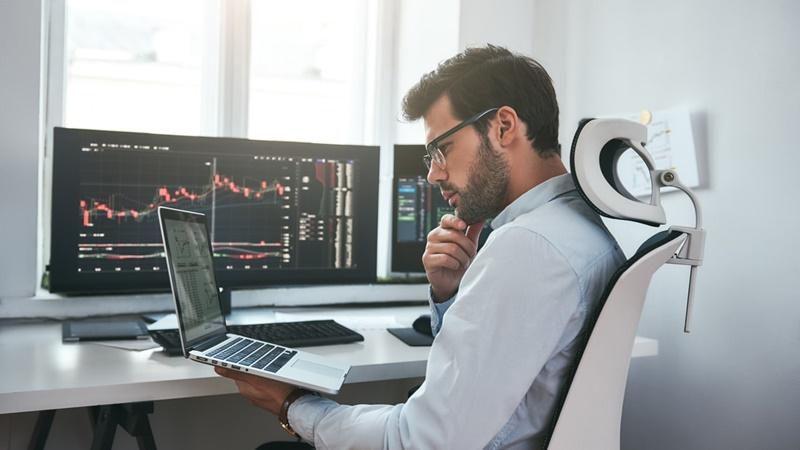 Por que escolher empresas sólidas para comprar ações